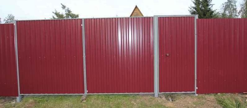 готовые ворота с калиткой из профнастила фото